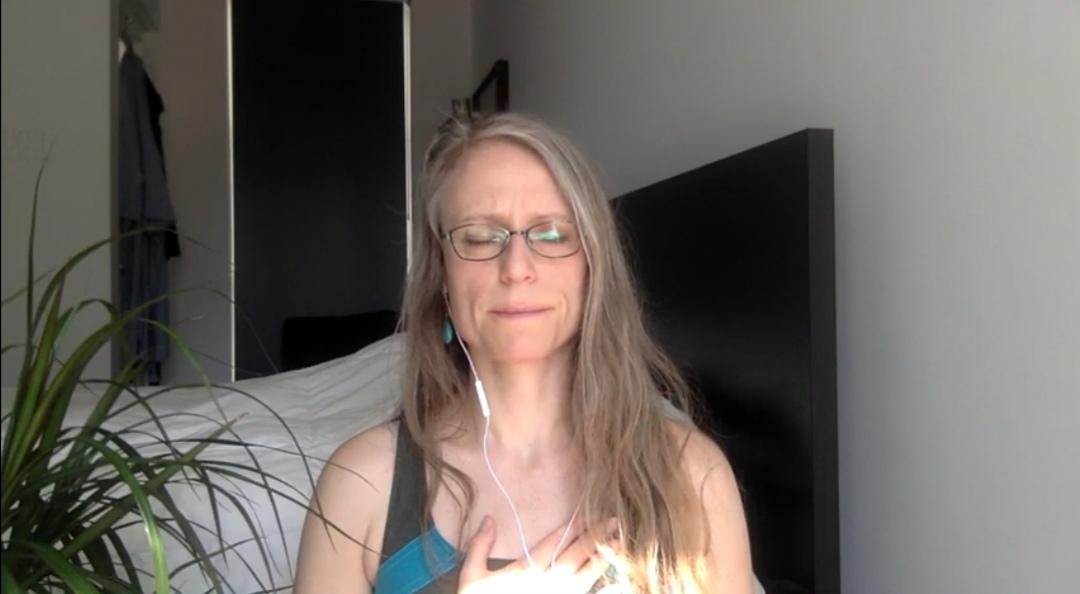 yoga, Méditation, spiritualité, holistique, Pleine conscience, Gestion du stress, bienveillance, developpement personnel, vlog, vlogger, video